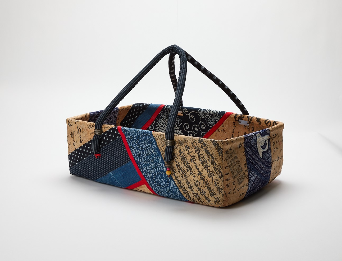 Lacquered Fabric-mache Shopping Basket (Blue)